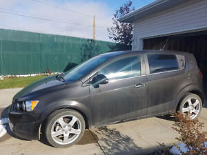 2013 Chevrolet Sonic LT Hatchback LOW KMS