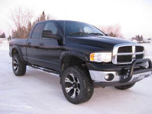 2005 DODGE RAM 4X4, LIFTED,,,PRIVATE SALE NO TAX