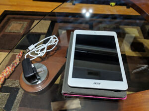 Acer Iconia tablet with case