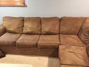 6 seat couch West Island Greater Montréal image 1