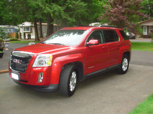 2013 GMC Terrain SLE- AWD SUV WITH HUGE BONUS !!