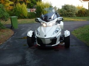For Sale:  2016 Can Am Spyder RT Limited Edition
