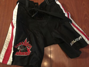 Hawks hockey pant shell - youth small