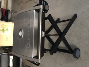 Cuisinart foldable BBQ gas grill