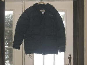 COLUMBIA OMNI-HEAT BLACK WINTER JACKET IN NEW CONDITION