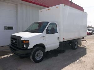 2012 Ford E-350 12 FOOT CUBE VAN