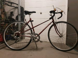 Fuji Sagre 1985 road bike