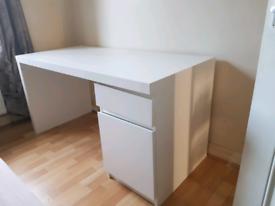 Malm desk, computer desk, ikea desk