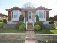 Magnifique bungalow dans secteur paisible