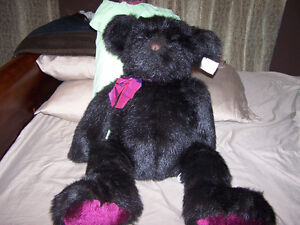 VERY RARE - BOMBAY 30 inch WILSON THE BEAR with tags