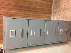 File cabinet - 4 drawers