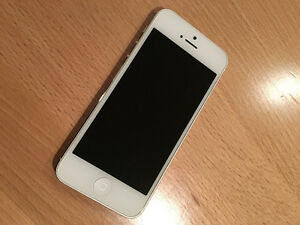 IPHONE 5 - PERFECT CONDITION - $175 OBO