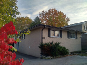 Great 3 Bedroom Main Level with Deck for rent - Avail. Jan. 1