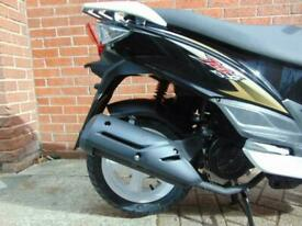 Sym Jet 4 125cc Scooter Twist & Go Scooter Moped