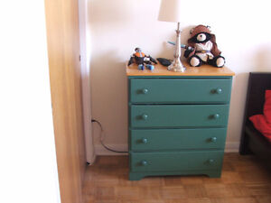 Chest of drawers/ Commode