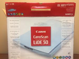 Canoscan Lide 30 Scanner for Windows or Mac
