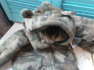 Baby Infant Fleece Lined One Piece Snowsuit, Size 3-6 Months London Ontario image 2