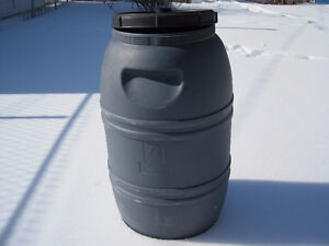 LOOK >>> Food Grade, Clean Removable lid Barrels Only $40 each