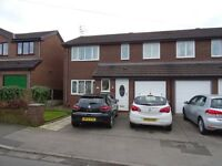 2 bedroom flat in Delamere Road, Stockport, SK2