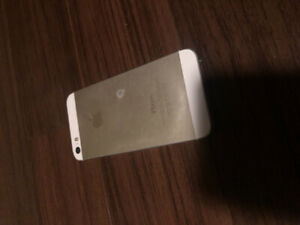 iPhone 5s - 16 GB Unlocked