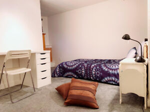 Bedroom for rent - roommate wanted - Commercial Drive