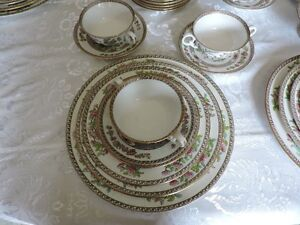 Copeland Spode Indian Tree Green and Pink Dinnerware Set Kingston Kingston Area image 3