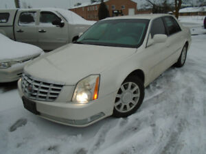 2011 CADILLAC DTS..LUXURY AUTOMOBILE..CERTIFIED