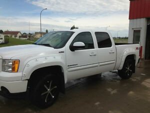 2012 GMC Sierra 1500 All Terrain Pickup Truck