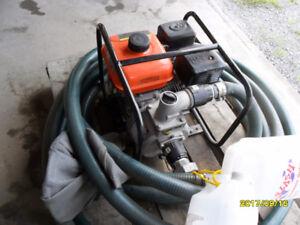 Pompe à volume Centrifuge Lifan 5.5 CV   avec entrée et sortie