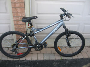 Boy's Mountain Bicycle