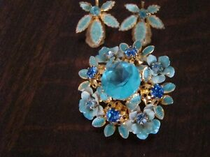 Antique Brooch with matching clip earings