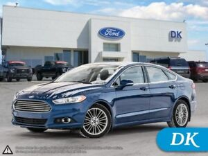 2013 Ford Fusion SE  AWD w/Leather, Moonroof, Nav, and More!