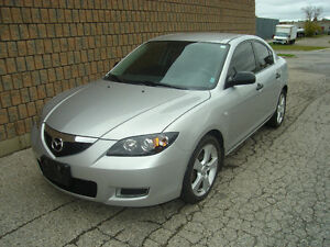 2007 MAZDA 3 GS.. SAFETIED & E-TESTED London Ontario image 1
