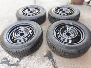 195/65/R15 - 4 winter tires with rims