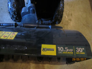 30 inch 10-5 HP YARDWORKS SNOW BLOWER for sale.
