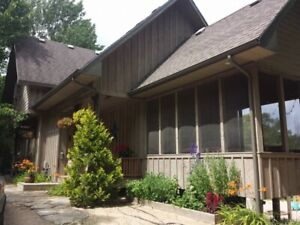 NEW PRICE!  House Cottage  PORT Franks Ontario for Sale by Owner