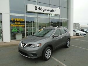 2015 NISSAN ROGUE S - READY FOR YOUR NEXT ADVENTURE!