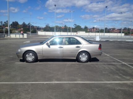 Mercedes C180 Cooks Hill Newcastle Area Preview