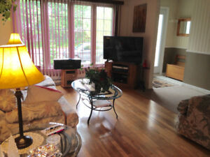 3 BEDROOM FULLY FURNISHED BUNGALOW-SHORT OR LONG