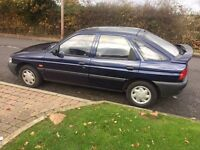 FORD ESCORT 1.6 1996 ONLY DONE 35k HISTORY..FROM NEW LADY OWNER. FULL HISTORY. YEARS MOT. CLASSIC.