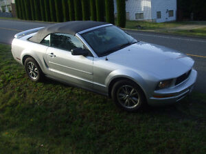 2005 Ford Mustang Leather Convertible