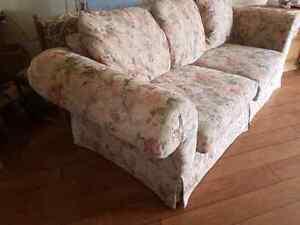 Free couch!!!