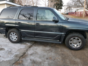 for quick sale 2003 Denali Yukon.