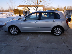 2005 Kia Spectra 5 CERTIFIED AND ETESTED