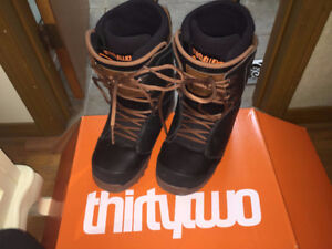 Thirty Two Lashed Larsen Size 12 Snowboard Boots