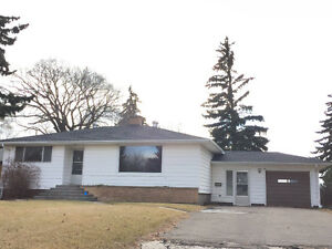 Refinished 1120 sq ft House in NE Area