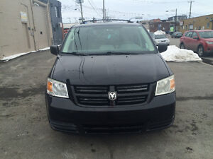 DODGE GRAND CARAVAN 2008 AUTOMATIQUE PRIX IMBATTABLE TRES PROPRE