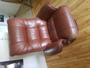 mobilier de maison (table, fauteuil, salon)