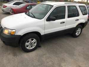 2006 Ford Escape Auto ac 4 cylinder SUV, Crossover