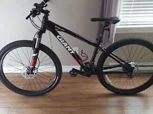 Giant talon 3 mountain bike